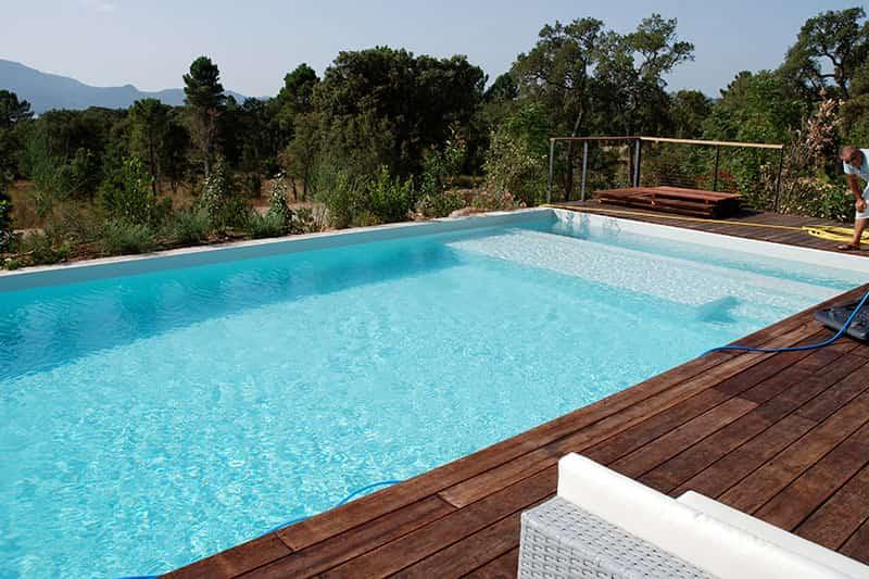Prix renovation piscine coque polyester perfect osmose de coque de piscine polyester with prix for Prix piscine polyester